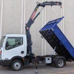 Grucasa Grua Hidraulica Sobre Camion Conjunto Volquete Mas Grua Sobre Nissan Cabstar 524236 768x490 150x150