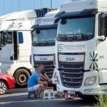 «Camioneros en condiciones escandalosas en el puerto de Duisburg»