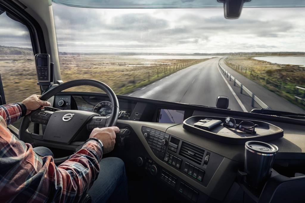 Necesitan conductores C+E transporte de áridos a 2.250€ mes de 6:00 a 14.00 (Camión bañera)