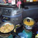 Un conductor rumano desplazado, vivió medio año en la cabina del camión trabajando en Alemania.