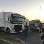 Una banda armada rapta a un camionero para robar la carga de ropa de lujo en Francia