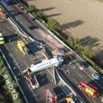 Un muerto y dos heridos, al colisionar un camión con frigo de Primafrio y varios coches en la A7 Francia