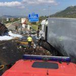 Fallece la mujer que viajaba de acompañare en un camión implicado en una colisión múltiple en la AP7
