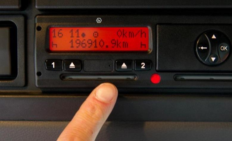 Los ocho mitos más comunes que rodean al nuevo tacógrafo inteligente