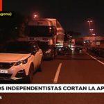 Los independentistas cortan la AP-7 en Tarragona