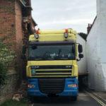 Conductor de camión: cuando tu GPS te traiciona, ¡es como si tu esposa te engañara!