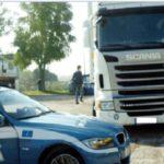 Detenido un camionero que llevaba una pistola, un spray gas pimienta, y una porra telescópica