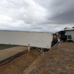 Un camión vuelca en la N-601 a la altura de Berrueces