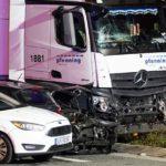 Un presunto terrorista roba un camión, y arrolla varios automóviles dejando 15 heridos en Alemania