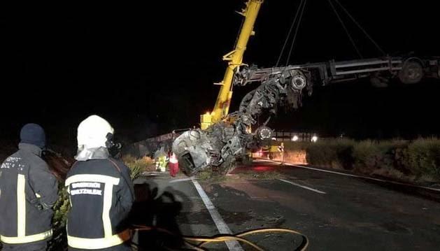 Llega la primera tragedia de un Megacamión español en la AP15