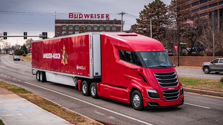 Budweiser compra 800 camiones «eléctricos propulsados por hidrógeno» Nikola TWO