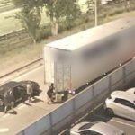 Así vaciaban camiones unos ladrones en áreas de servicio de la AP-7 | Vídeo