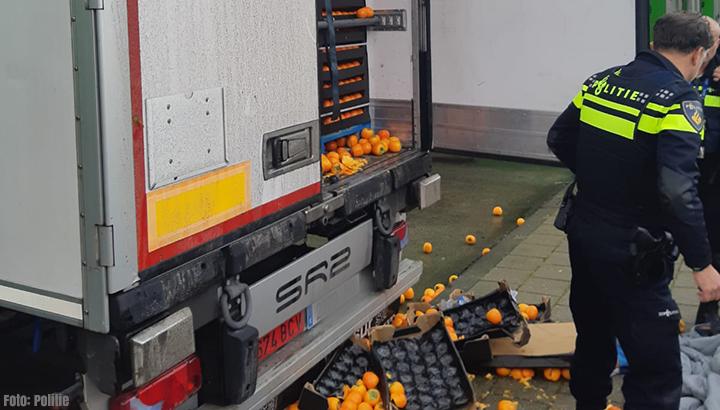 verstekelingen vrachtwagen Ridderkerk 1