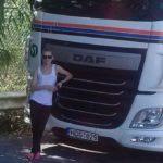Una camionera lituana de 23 años «Los españoles son muy amables, siempre relajados, sonríen mucho»