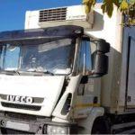 Multa de 4.601 € e inmovilización por 25 deficiencias graves: el camión que debía traspasar la mercancía iba sin ITV