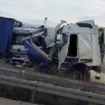 Un camionero herido grave en una colisión violenta de cuatro camiones en la autopista A-9 alemana