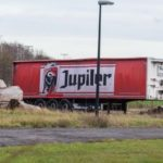 Un semirremolque con 27 toneladas de cerveza, lleva abandonado cuatro meses en un área de la E40 Bélgica
