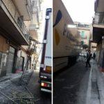 Un camión de Primafrio causa serios daños en un primer piso del casco urbano de Castellammare