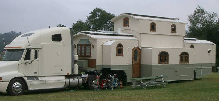 18 Wheel House 1
