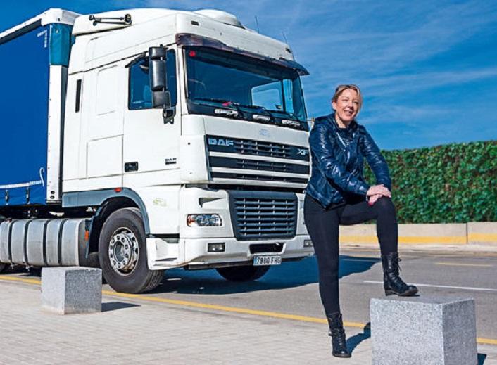 337 camionera ana mesa 01