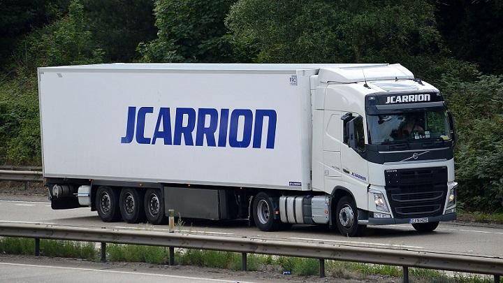 JCARRION, empresa de transporte con 3.800 trabajadores necesita 15 conductores C+E. Contratan tripulaciones sencillas y dobles.
