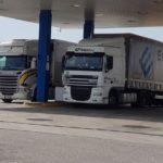 Por cada 1000 litros de diésel, regalan a los camioneros una ducha y una cena en la N-232, El Burgo De Ebro