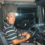 Camionero 40 años en la carretera y se mata jubilado al caer del tejado. En su casa, con su gente… Emotivo homenaje de su hija