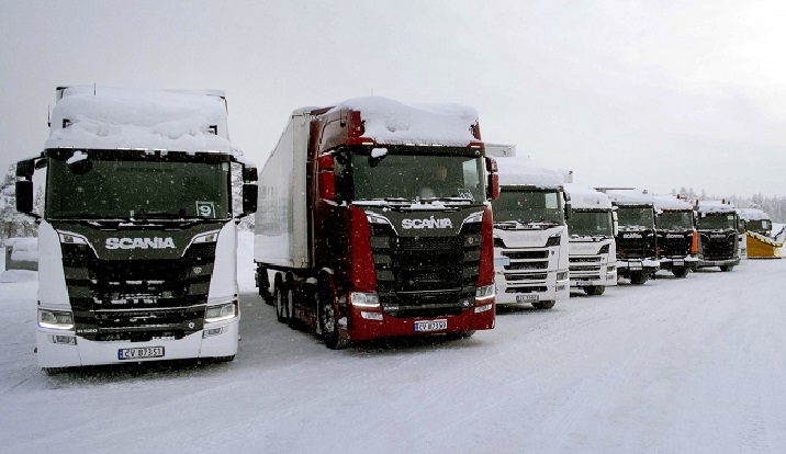 Se acercan posibles restricciones a camiones por nevadas desde este viernes en toda España