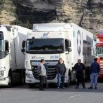 En respuesta a que «los murcianos y almerienses son culpables de haber llevado el sector del transporte a la ruina»
