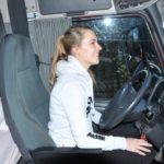 «Se buscan conductoras femeninas»  Volvo Trucks explica los beneficios de la profesión de conductora de camiones