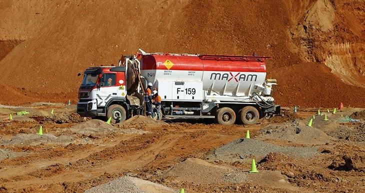 Maxam necesita chóferes camiones de explosivos, 2.834 a 3.084 €, ruta regional durmiendo en casa todas las noches