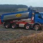 KST Kraft, necesita conductores camiones volquetes de 3 o 4 ejes, salario entre 2.200 a 3.500 €