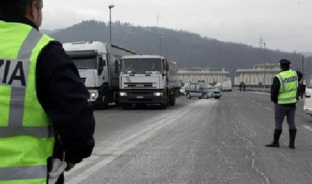 Denunciada una camionera por llevar un Bate de Béisbol y realizar una peligrosa maniobra