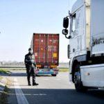 Los camioneros se niegan a viajar a la zona afectada por coronavirus en Italia
