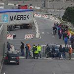Los camioneros y sindicatos denuncian las condiciones en que se encuentran esperando carga y descarga