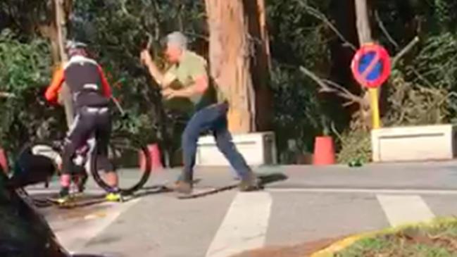 camionero agrede ciclistas martillo pontevedra 1 g