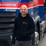 """Melissa es camionera, los hombres dicen: """"Es solo una niña, no puede hacer el trabajo"""" ¡No es cierto!"""