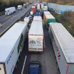 Los camioneros no están de acuerdo en seguir trabajando en estas condiciones. «Parece que seamos nosotros los que llevamos el virus»