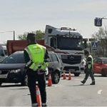 Los camioneros se quejan de que la Guardia Civil intensifica los controles del tacógrafo, pese a su derogación