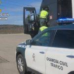 La Guardia Civil investiga a cuatro conductores de camiones por manipulación de tacógrafos