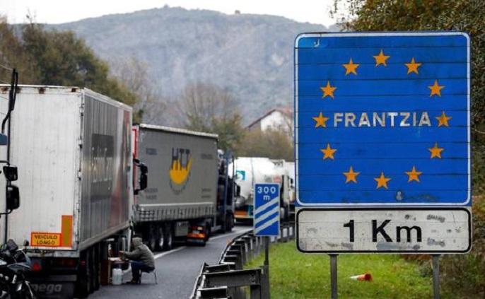 El Gobierno de España decreta el cierre de fronteras desde esta medianoche. Las restricciones no tendrán efecto en el transporte de mercancías