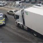 Un camión de Acotral es parado por la policía local de Coria del Río.  ¡¡No te vas a creer lo que pasó!!