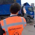 Un camionero dice al primer ministro holandés «No le des dinero a los españoles». Y se ríe: «No, no …» VÍDEO