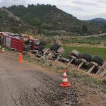 Muere el conductor de un camión en un accidente de tráfico en Vinaixa