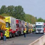 Transportes se reunirá este miércoles con el camión para evitar la huelga.  «Está previsto que paren unos 360.000 camiones»