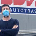 Obligan a un camionero con fiebre a permanecer 14 días encerrado en la cabina, sin poder ir al baño y sin comida en Hungría
