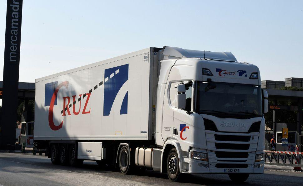 Ábalos ignora las peticiones de los camioneros