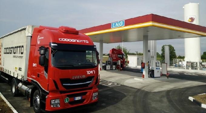 Anuncian huelga de gasolineras los días 13 y 14 de mayo en Italia