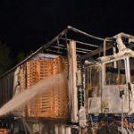 Tres accidentes fatales con bombonas de gas en la cabina, dejan un camionero herido grave y dos camiones calcinados