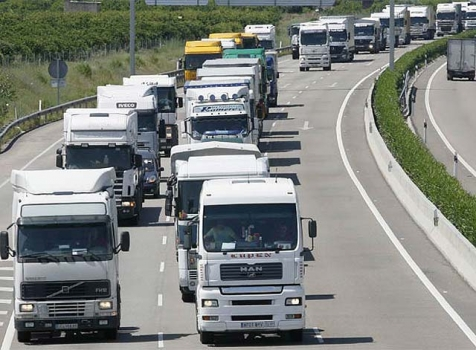 Despidos y viajes en vacío: así golpea el Covid-19 al transporte de mercancías